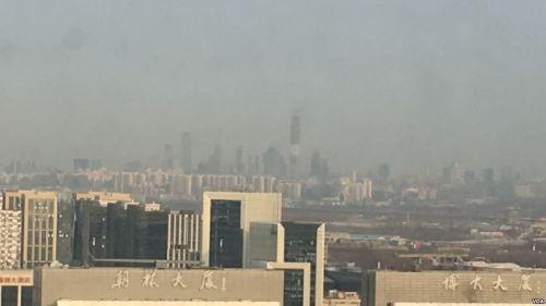 北京霾散见日 民众担忧不减(组图)