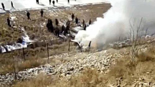 吉林一航空学院飞机坠毁两飞行员遇难(图)