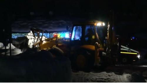 地震导致雪崩 意大利酒店被埋 逾30人失踪(图)
