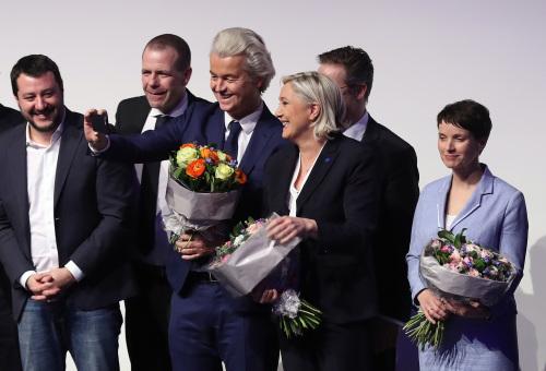 """西欧极右翼领袖:欧洲迎来""""觉醒之年""""(图)"""