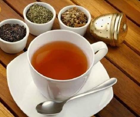 喝茶减重中医师推荐一味消脂茶饮