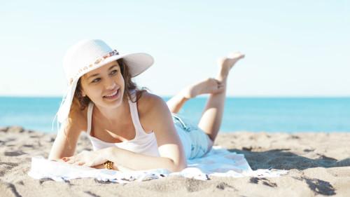 适当的阳光照射,能促进人体的新陈代谢,还能增强免疫力。