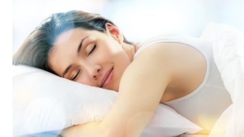 枕头起到很重要的作用,用橘皮做枕头,有神奇效果。