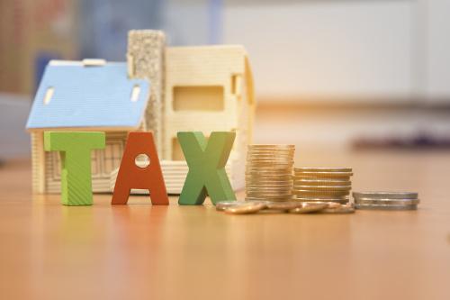 """房地产税:大红""""靴子""""高高挂(图)"""