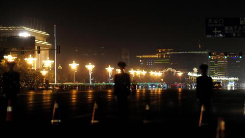 习近平收回武警控制权,被指为防政变。