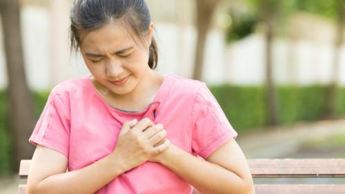 患有心脏病或是心病或进行过心脏手术,都是引起脑卒中的重要原因。