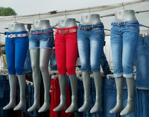 牛仔裤背后的代价