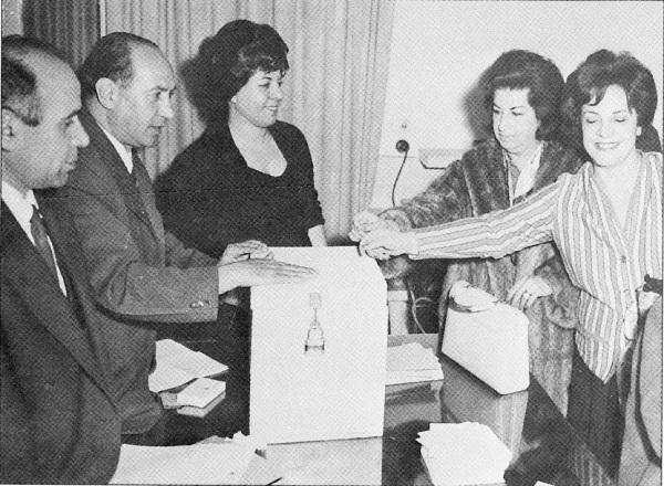 1963年伊朗女性参选