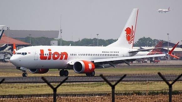 印尼狮航一架波音737 Max8客机在去年坠海后无人生还。知道黑盒子内容的匿名人士提供了坠毁前驾驶舱里的情形。图为该款客机的图片。