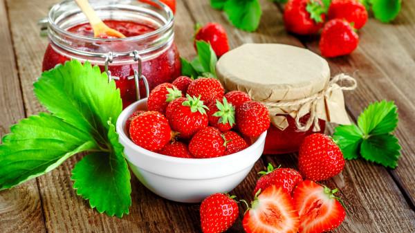 草莓所含的维生素C,一举超越多种水果。