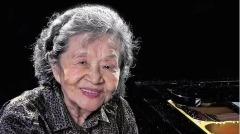 中国钢琴家文革遭迫害为保双手哀求打脚(图)
