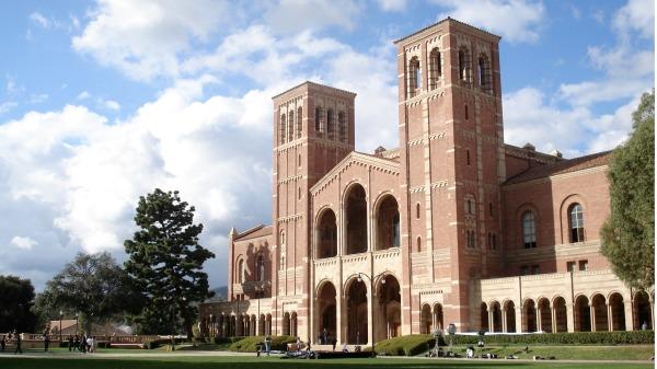 Ce 大學 ce ce ce Royce Hall  t