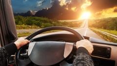 开车的保命驾驶技巧(图)