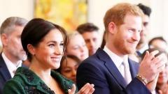 公爵夫人梅根产子哈利王子升格当老爸(视频)