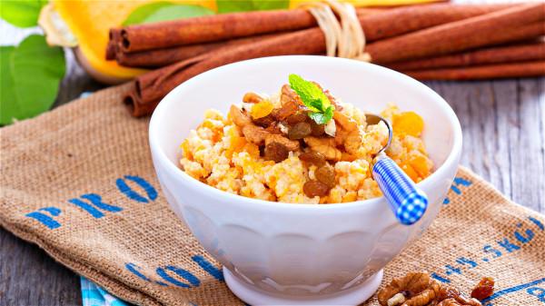 香糯浓稠 营养美味的小米粥这样煮最好吃(组图)