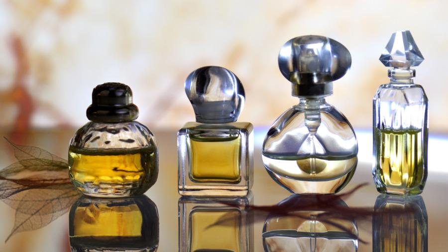 继时尚集团LVMH投入洗手液生产后,美容业巨头 L'Oréal也将加速投入生产干洗手,以缓解消毒酒精短缺问题。