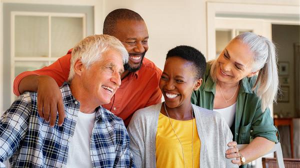 每天都让自己笑一笑,有助于身体的健康。