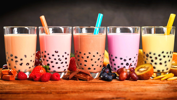 含糖饮料除了让我们变老外,还会残害我们的健康。