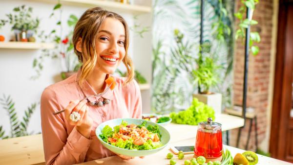 巧妙搭配食物,多吃谷类少吃肉,轻松减肥降血脂