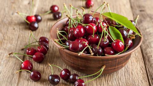 樱桃含有的花青素是很好的抗氧化剂。