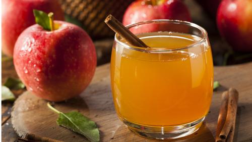 煮过的苹果,果胶和膳食纤维会更容易对有毒物质起到吸附作用。