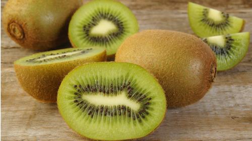 猕猴桃富含植物化学成分叶黄素。