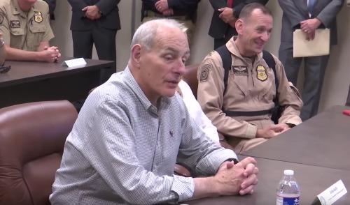 """美国安部长:不会对庇护城市采取""""严苛措施"""""""