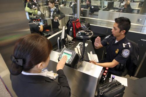 不填这个可能涉签证欺诈被拒入境美国(组图) - 留学移民-看中国网- (移动版)