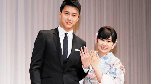 """对于小爱的2度道歉,江宏杰也透过经纪公司发出声明回应,""""我对小爱的爱至今不曾改变,未来的路还很长""""。"""
