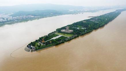 今年6、7月间,大陆多地出现洪水灾害