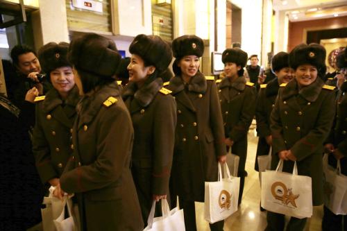 於2015年12月11日,<a href=http://www.secretchina.com/news/b5/tag/朝�r alt= '朝�r' target='_blank'>朝�r</a>牡丹峰��F至北京��家大�≡貉莩���彩排後到�_酒店。
