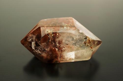 水晶以干净度决定品质。