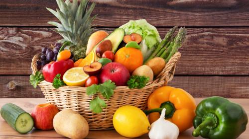 有些癌症跟吃有关,饮食中应多吃新鲜蔬果,减少胰腺负担。