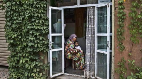 """""""我也是维吾尔人""""新运动向中国讨遭拘禁家属影片(图)"""