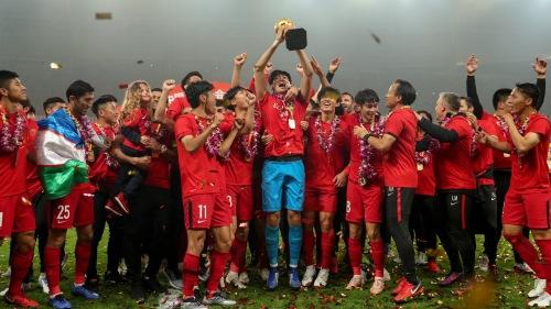 中超联赛2018赛季中,上海上港队提前一轮夺冠