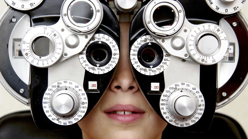 不久的將來只需要「點一滴眼藥水」就能擺脫近視、遠視,讓你輕輕鬆鬆恢復視力免動刀!
