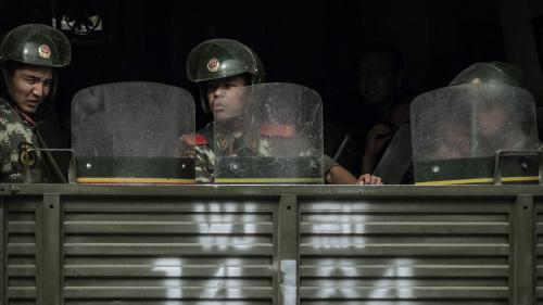 傳廣東公安廳長赴港鎮壓 數千公安已秘密入港(視頻)(圖)