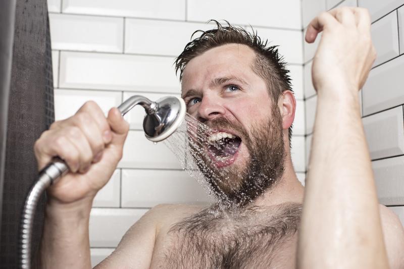 美国人每个礼拜平均女生会洗6次、男生7次澡。
