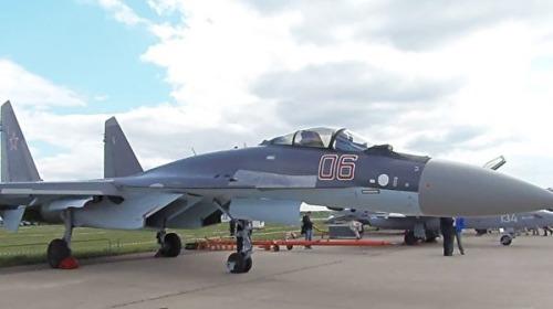 2013年莫斯科航展上的蘇-35戰機