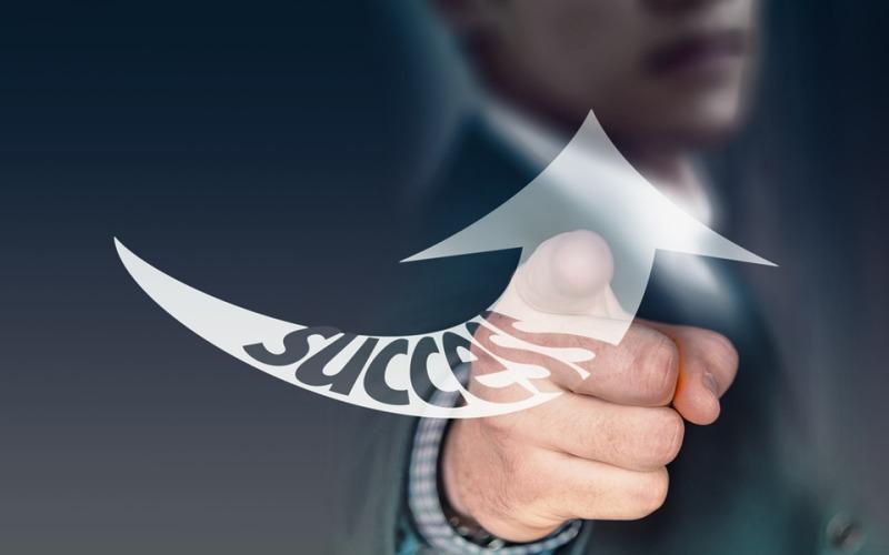 成功的人往往有许多令人振奋的好习惯以及强大的生活准则。