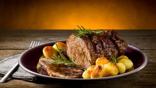 羊肉益气补虚、散寒祛湿,食疗效果好。
