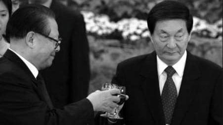 朱镕基秉公办事遭人恨,江泽民盯紧六个人。