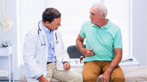 慢性膽囊炎表現為厭食伴腹脹或上腹部疼痛。