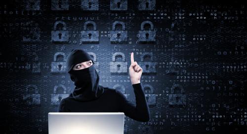 她与团队成员每天都会侦错、修复Chrome的问题,防止骇客入侵。