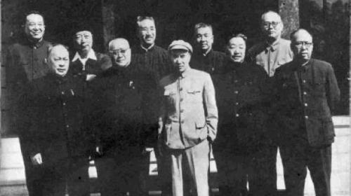 """在抗日最艰难时期中共所谓的8位""""元帅""""都离开了前线,回到延安整风。"""