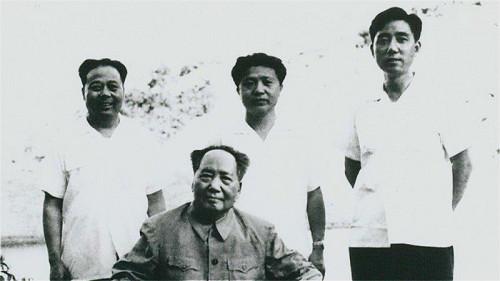 《张耀祠回忆毛泽东》一书中被删除的细节(图)