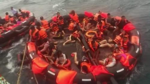 5日傍晚,泰國普吉島外æµ.發生船難事件,造成18人死亡及39人失蹤