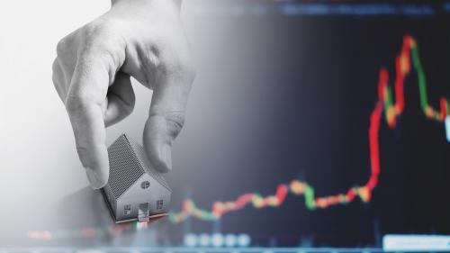 中国保汇率还是保房价,已经演变成要钱还是保命的问题了