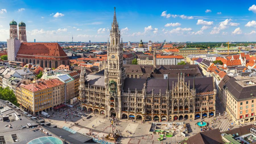慕尼黑是德國巴伐利亞州的首府,是德國南部第一大城,全德國第三大城市。