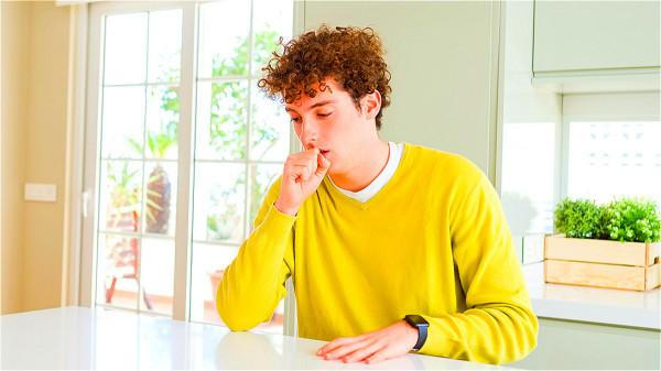 不花錢又簡單 「穴道按摩」改善難 治的咳嗽